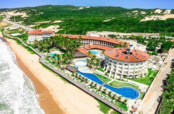 Imagem aérea mostra o Hotel Parque da Costeira